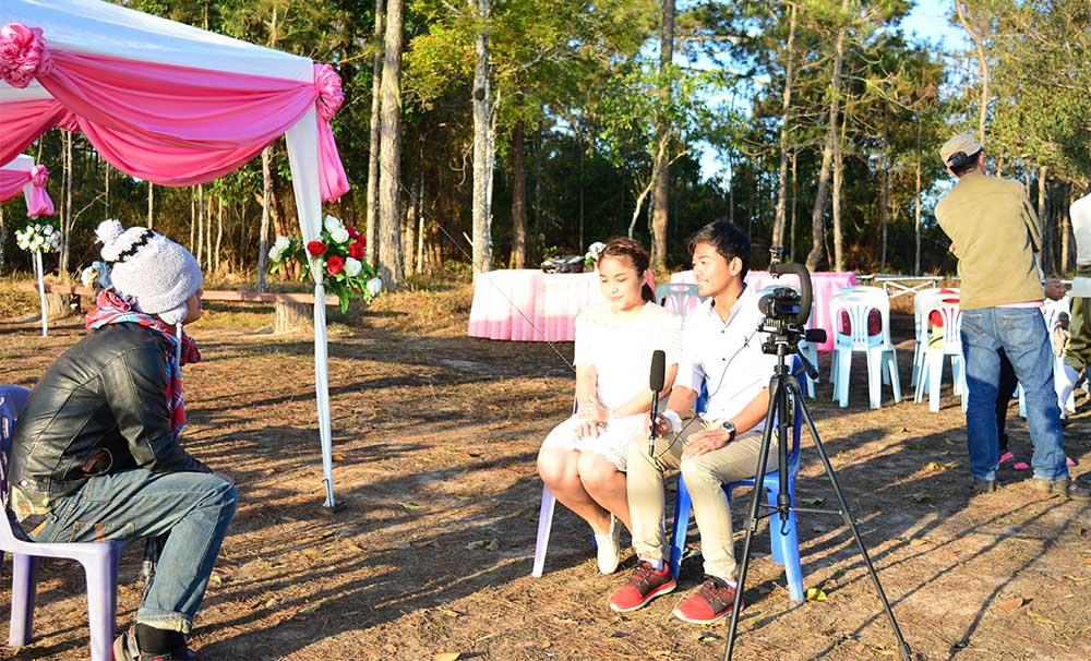 สัมภาษณ์คู่รักจดทะเบียนสมรสหมู่บนภูกระดึง