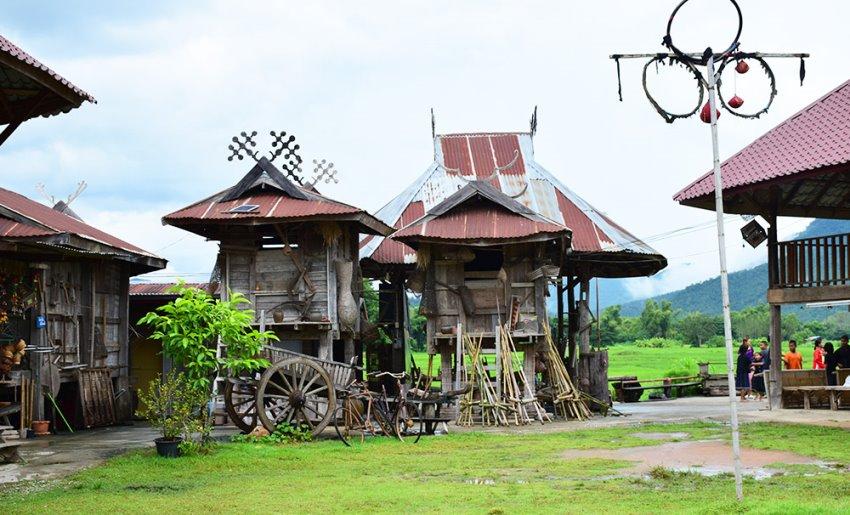 บ้านพิพิธภัณฑ์ไทดำบ้านนาป่าหนาดอำเภอเชียงคาน