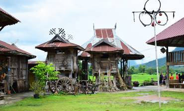 บ้านพิพิธภัณฑ์ไทดำ บ้านนาป่าหนาด อำเภอเชียงคาน