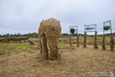 ช้างที่ทำจากพางข้าว